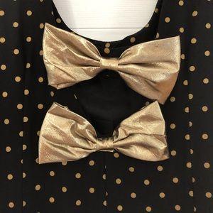 Dresses & Skirts - Vintage polka dot dress with bows open back